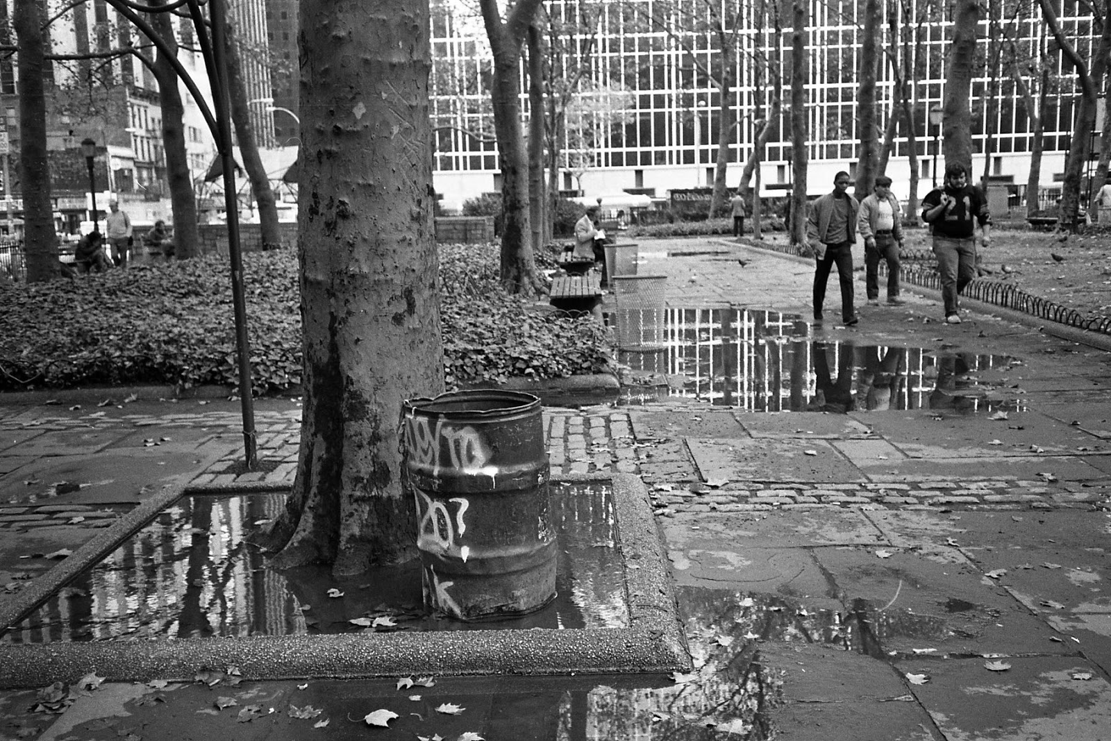 Bryant park blog bryant park name adds value - Social life in small urban spaces model ...