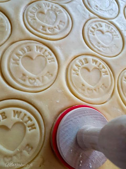 kahvi herkku pikkuleipä keksileimasin murutaikina pipari