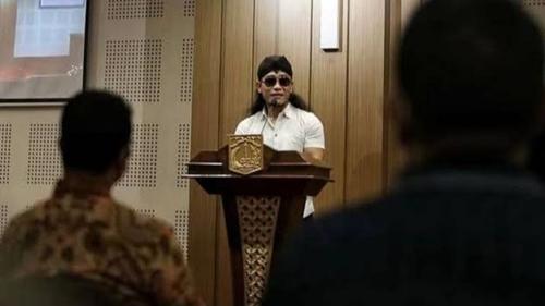 Gus Miftah Masuk Gereja Disebut Kafir, Ustaz Ahong Ungkit Riwayat Khalifah: Keterlaluan Banget
