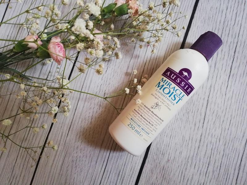 Aussie Miracle Moist odżywka do włosów suchych i zniszczonych
