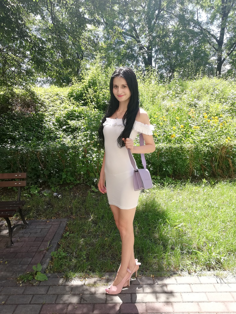 Wassyl biała sukienka hiszpanka