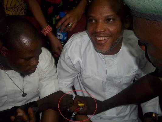 Biafra Drama: As Prison Official Allegedly Tried Removing Nnamdi Kanu's 'I Love Biafra' Bracelet