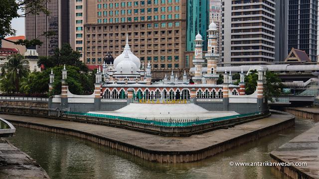 Masjid Jamak, Awesome Ways to Explore the Best of Kuala Lumpur