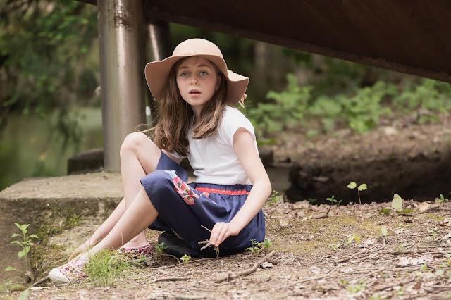 Elleanor de Provence jupe bleue enfant