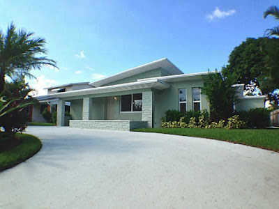 Architecturally significant modern homes in South Florida at ModernSouthFlorida.com