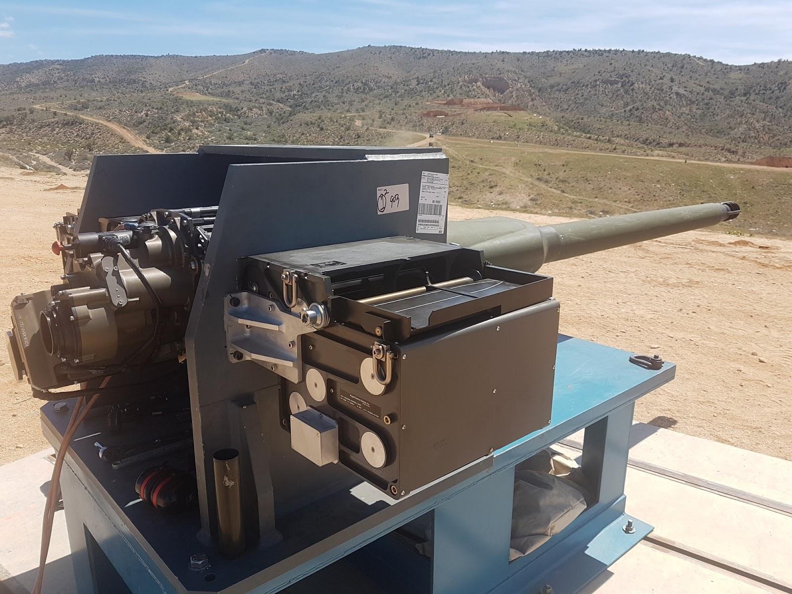 2S38 Derivatsiya-PVO 57-mm AAA SPG - Page 12 XM913_Enhanced_Bushmaster_III_02