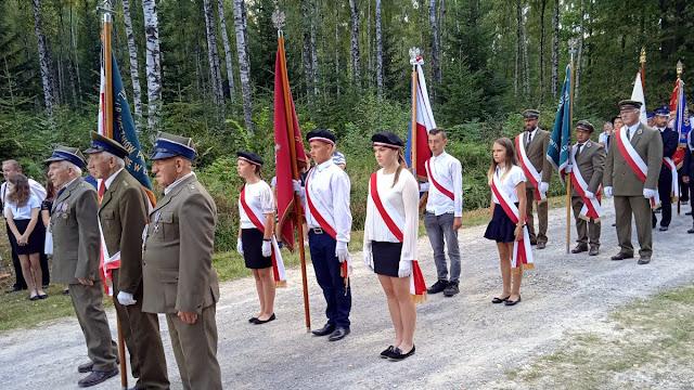 Uroczystości patriotyczne w Orłowinach