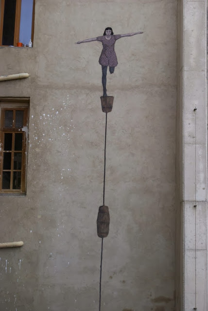 Street Art By Argentinian Artist Hyuro On The Streets Of Perpignan, France. 2