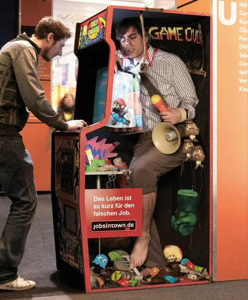 07-Arcade-Machine-Operator-Jobsintown-German-Recruitment-Agency-www-designstack-co