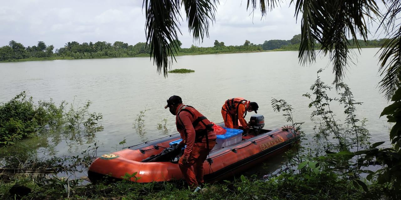 Tim SAR Lakukan Pencarian Korban Hanyut Terbawa Arus