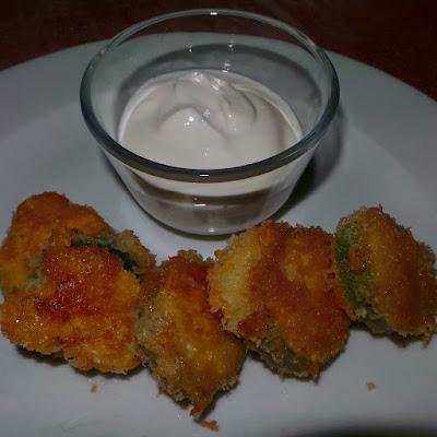 http://sandyskitchendreams1.blogspot.de/p/das-rezept-fur-die-panierte-zucchini.html