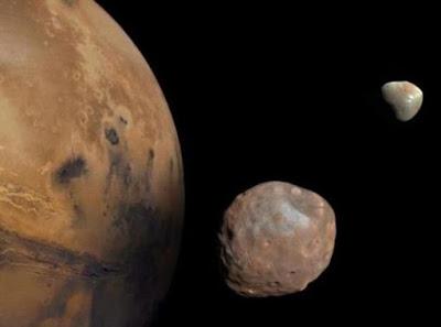 Tabrakan Benda Raksasa di Luar Angkasa Munculkan 2 Bulan Mars