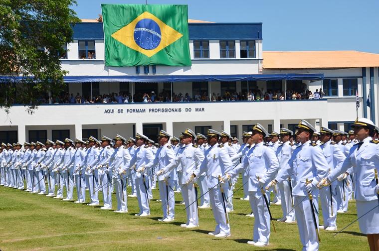 Marinha abre 1.240 vagas para o nivel médio
