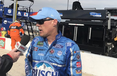 Kevin Harvick Vs. #NASCAR's Pit Guns