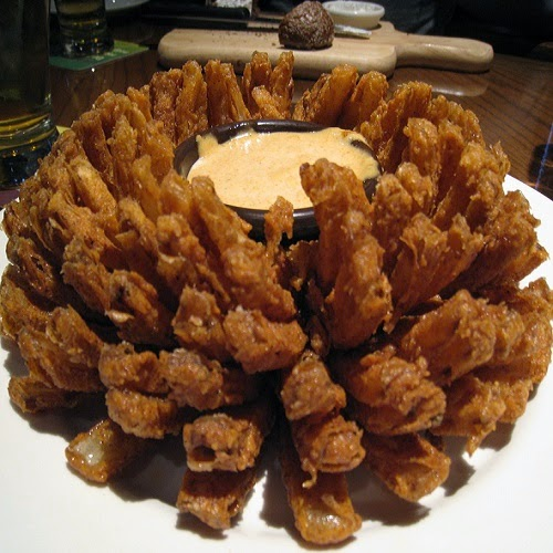 Copycat Restaurant Recipes: Outback Steakhouse's Blooming Onion Recipe