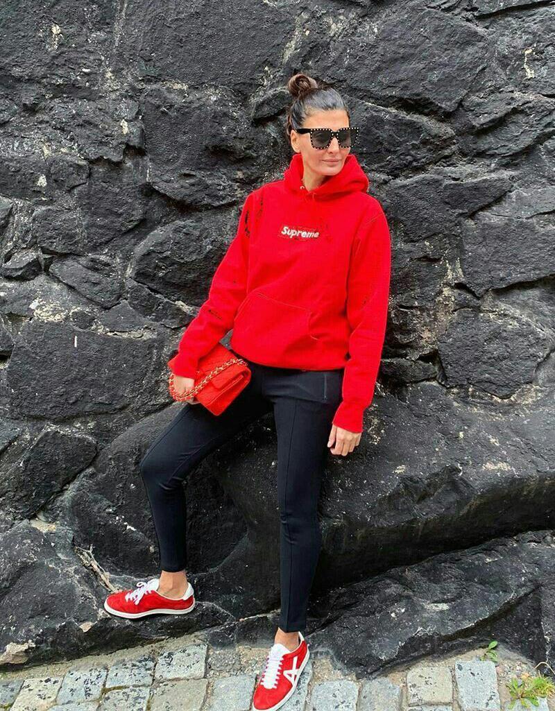 Looks da Giovanna Battaglia usando legging