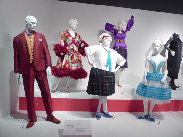 Hairspray Live costumes