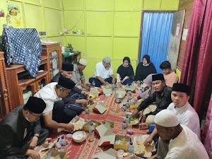 Latifa Hanum Terisak Haru Ketika Gubernur Singgah Sahur di Gubuk Kecilnya