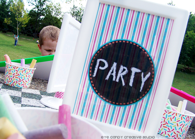 art party picnic sign, outdoor party, kids art party, chalkboard drawing