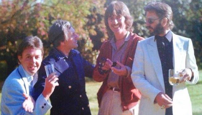 Los Beatles y más allá: 2001 ¿Habían resuelto sus diferencias Paul y George cuando este falleció?