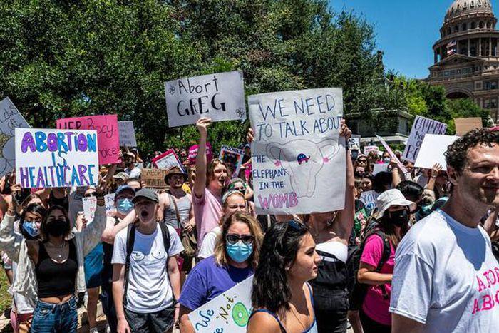 NHóm người biểu tình đòi bac bỏ đạo luật texas