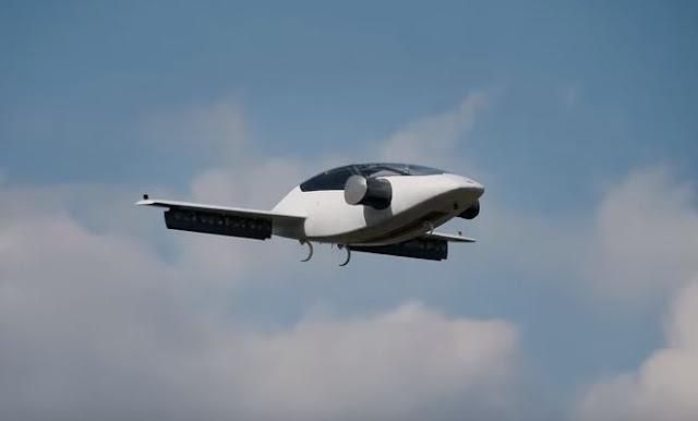 The Lilium Jet Διθέσιο ηλεκτροκίνητο καθέτου απογείωσης - προσγείωσης