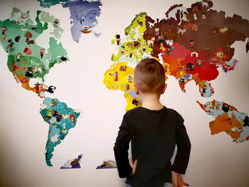 Jak pokazać dziecku cały świat?  Janod