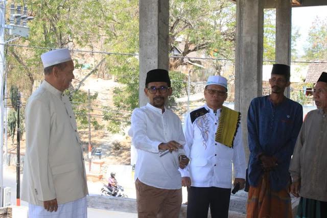 Walikota_bima_bantu_masjid_Monggonao_2