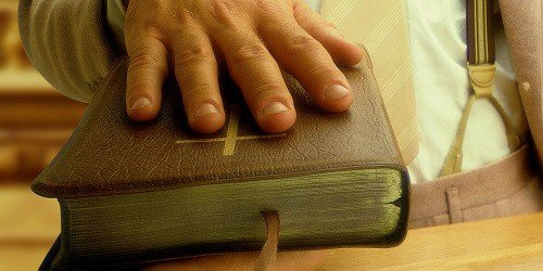 Politicians, judges and civil servants abuse their power after swearing oaths with the Bible