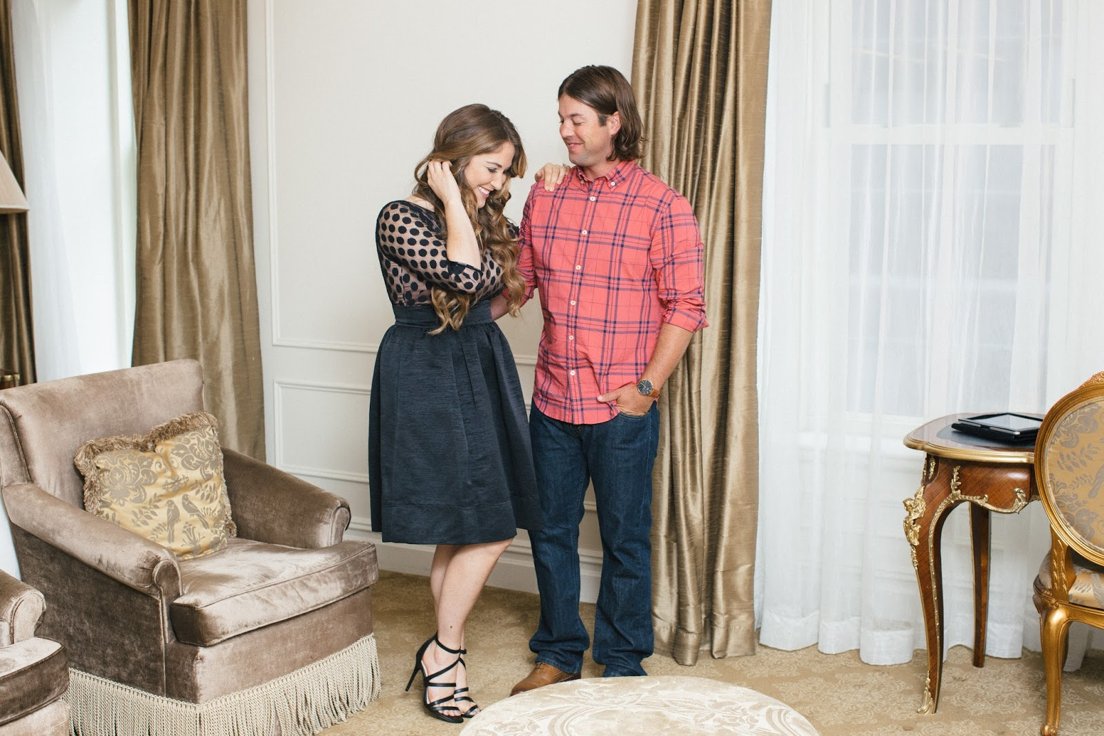 Date Night at the Plaza Hotel NYC by lifestyle blogger Laura of Walking in Memphis in High Heels
