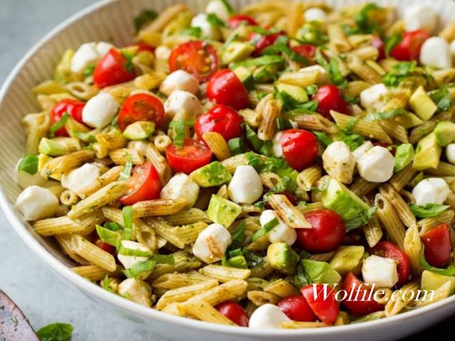 Avocado Caprese Pasta Salad Recipes #Pasta #Salad # Avocado