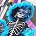 Ofrendas y catrinas gigantes invaden explanada de Ecatepec (7 videos)