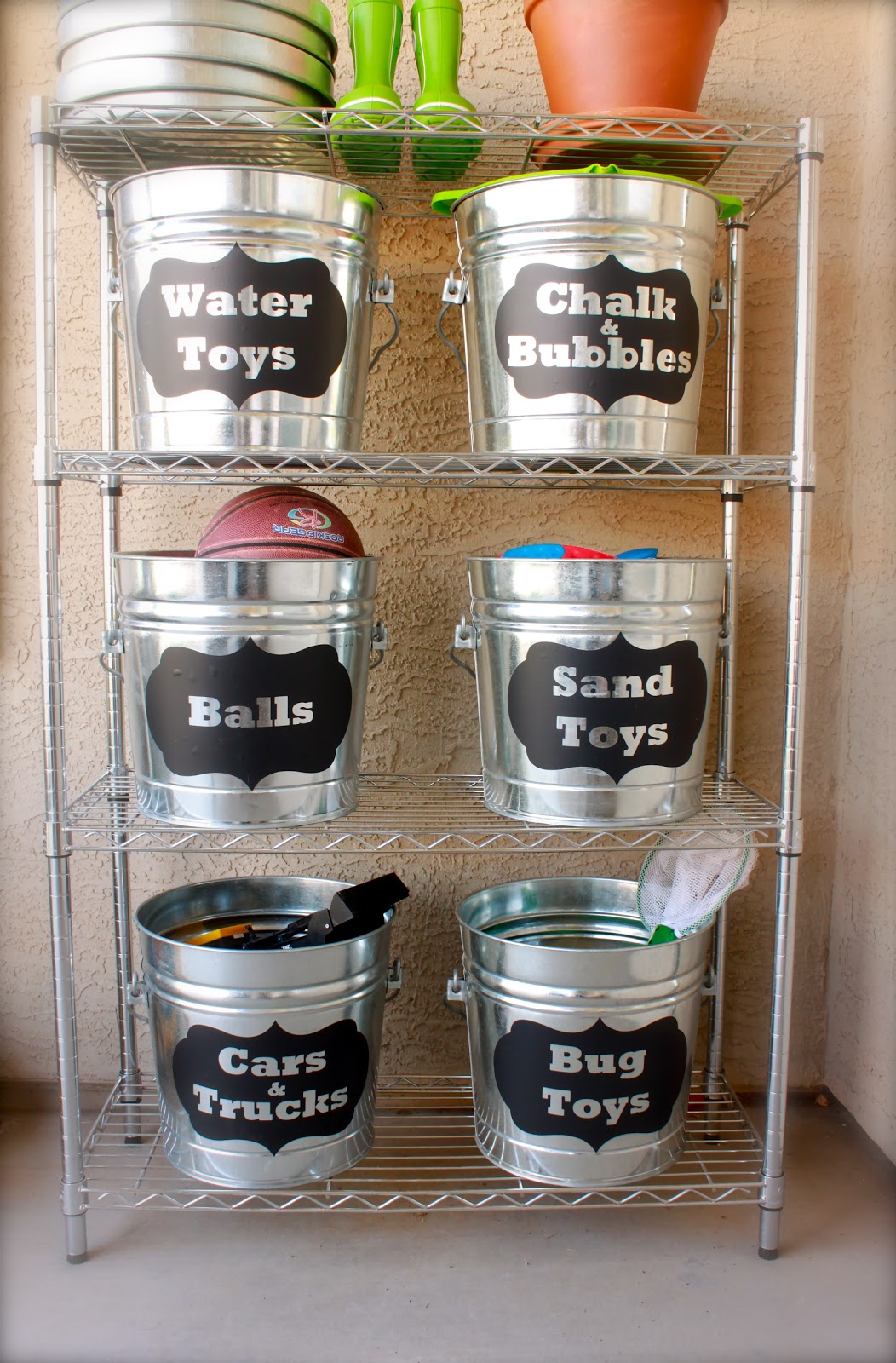 Bucket Outdoor Toy Storage | Extra Space Storage Ideas | Make Your Space Work For You
