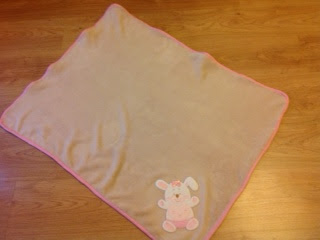 easy and inexpensive DIY baby blanket