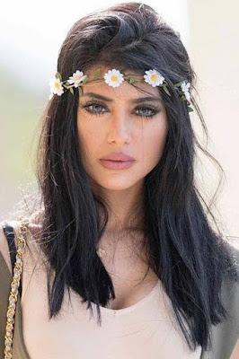 شيلاء سبت (Shaila Sabt)، عارضة ازياء وممثلة بحرينية