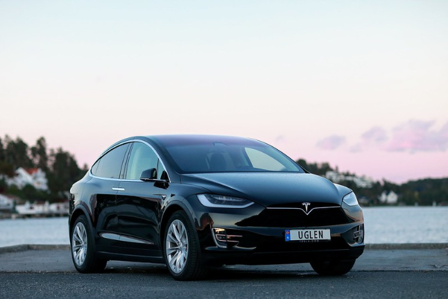 Tesla Model X(Long Range) Price and Launch Date India