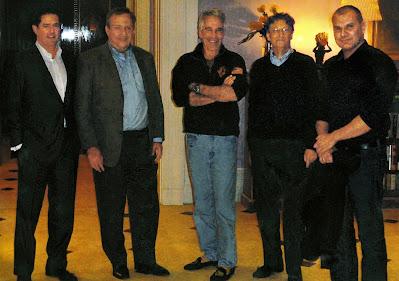 Bill Gates ha incontrato molte volte Jeffrey Epstein, nonostante il suo passato