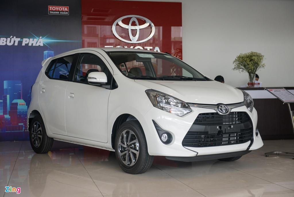 VinFast Fadil bán vượt Hyundai Grand i10, Kia Morning bị bỏ xa