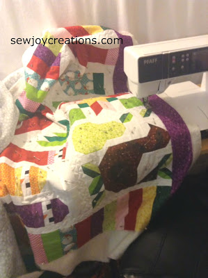 quilting on pfaff machine jolly christmas quilt
