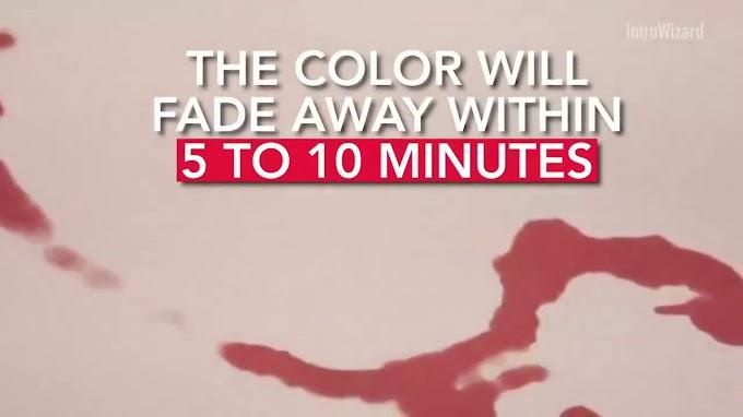 Ya puedes comprar la alfombra de baño que convierte la humedad en manchas de sangre