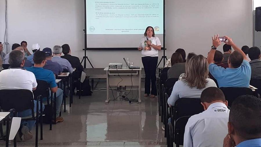 Para combater Moscas-das-Frutas Bahia e Pernambuco selam compromisso com especialistas reunidos em Juazeiro (BA) - Portal Spy