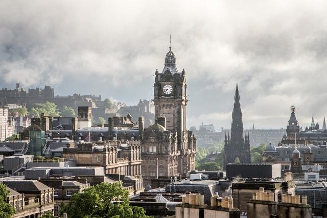 View across Edinburgh. Free stock image from Unsplash by Gabriele Stravinskaite