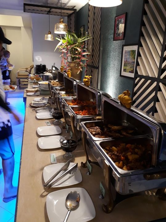 Dinner buffet at Le Soleil de Boracay's Beach Cafe