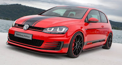 New 2017 Volkswagen Golf Eighth-Gen red color sheds Hd Pictures