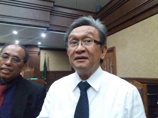 Pengacara Pertanyakan Soal Hilangnya Nama Politikus PDIP di Dakwaan Setnov