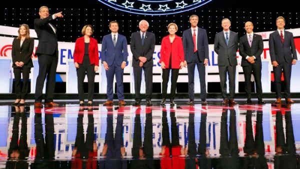 Aspirantes presidenciales demócratas defienden seguridad fronteriza