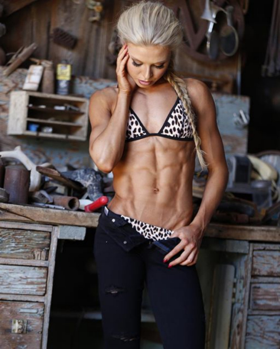 Fitness abs Kyla Ford