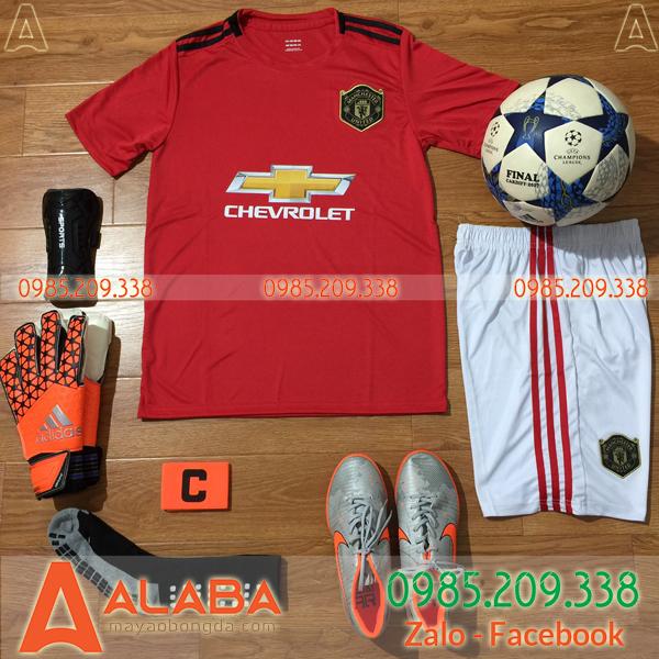 Áo CLB Man United đỏ bán chạy