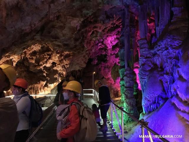 cueva Venetsa Bulgaria turistas