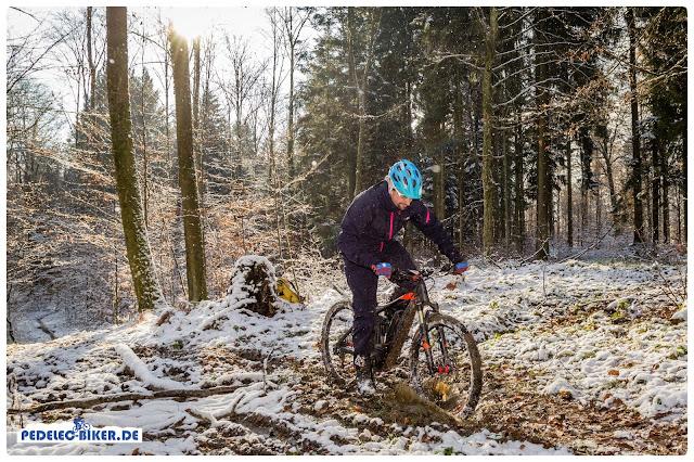 eBike fahren im Winter beansprucht alle Komponenten am pedelec, deshalb ist die Pflege des Bikes zu dieser Jahreszeit besonders wichtig.